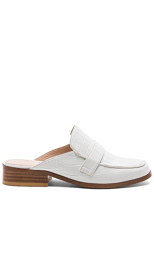 RAYE x REVOLVE La Brea Loafer in White