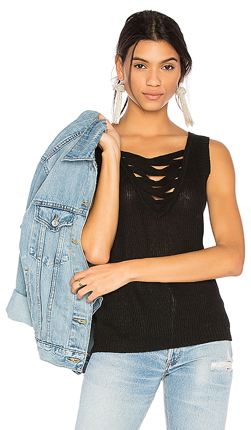 ROI Lace Up Tank in Black
