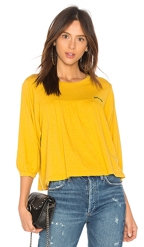 SUNDRY You And Me Tee in Mustard
