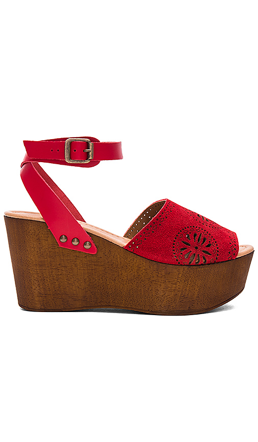Seychelles Stormy Sandal in Red