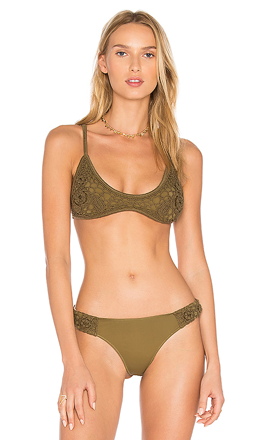 Somedays Lovin Sun Sway Crochet Bikini Top in Green. - size L (also in M)