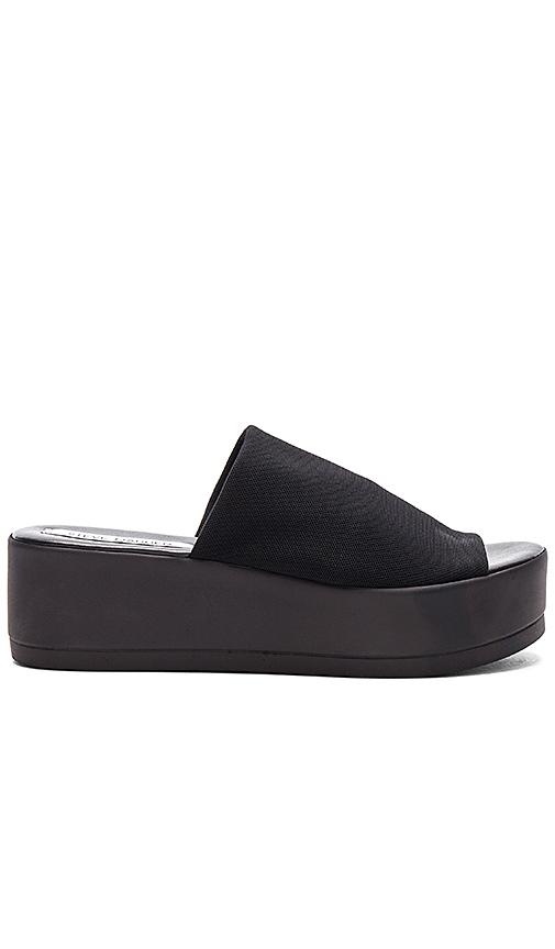 Steve Madden Slinky Platform Sandal in Black