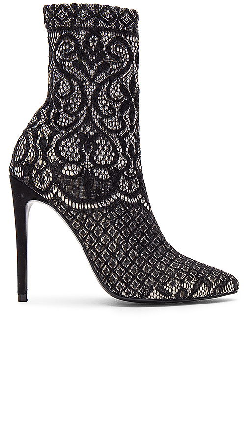 Steve Madden Lovely Lace Bootie in Black. - size 5.5 (also in 7,8,8.5)