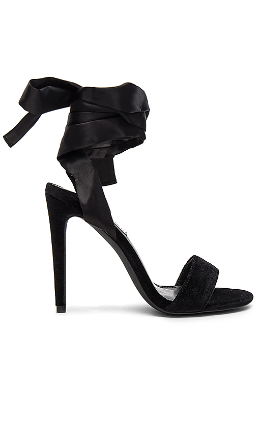 Steve Madden Promise Heel in Black