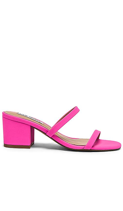 Steve Madden Issy Mule in Pink. - size 6 (also in 8.5,9.5)