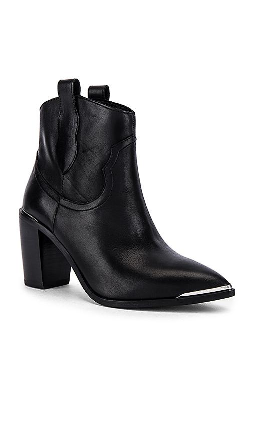 Steve Madden Zora Ankle Boots in Black