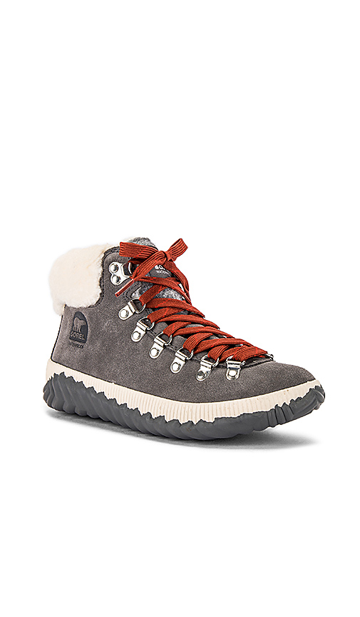 Sorel Out N' About Plus Conquest Boot in Gray