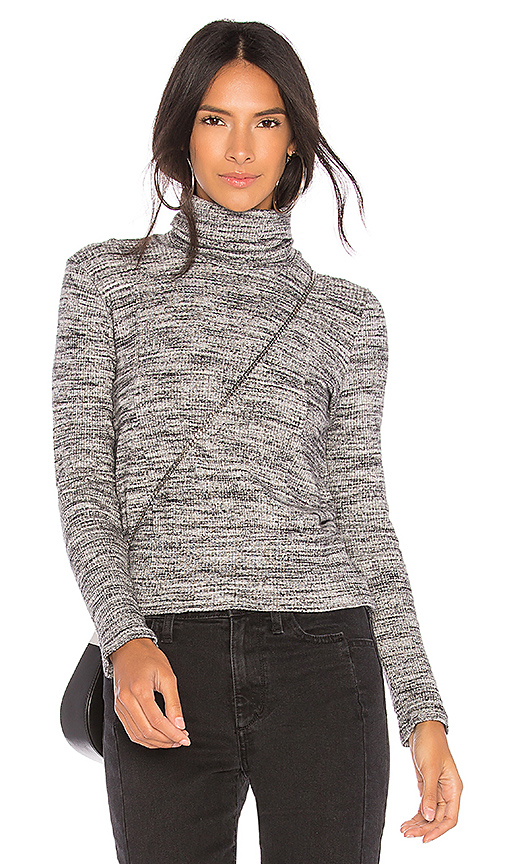Splendid Long Sleeve Top in Gray