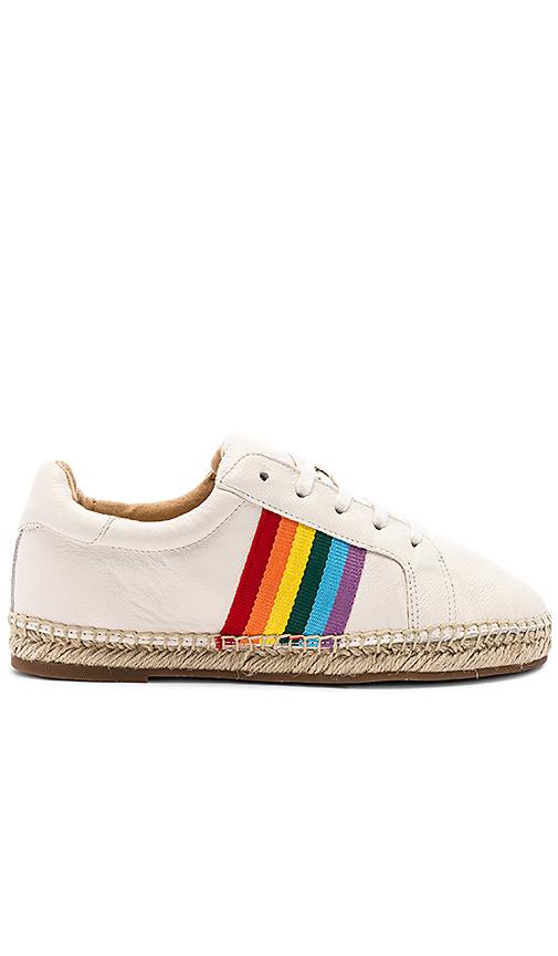 Splendid Sada Sneaker in Cream