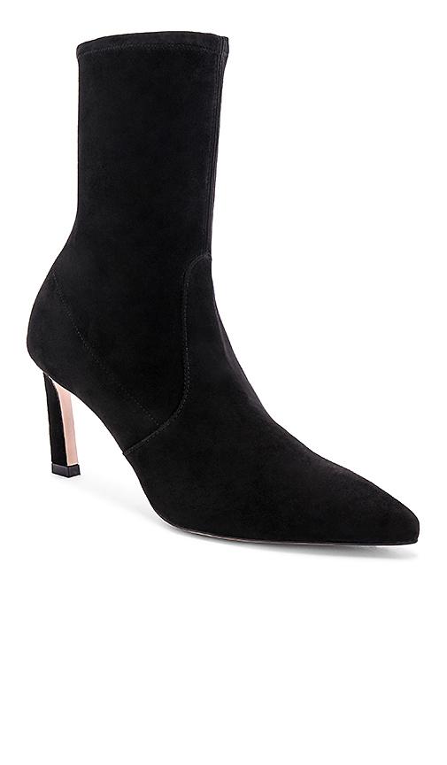 Stuart Weitzman Rapture Boots in Black. - size 8 (also in 9)