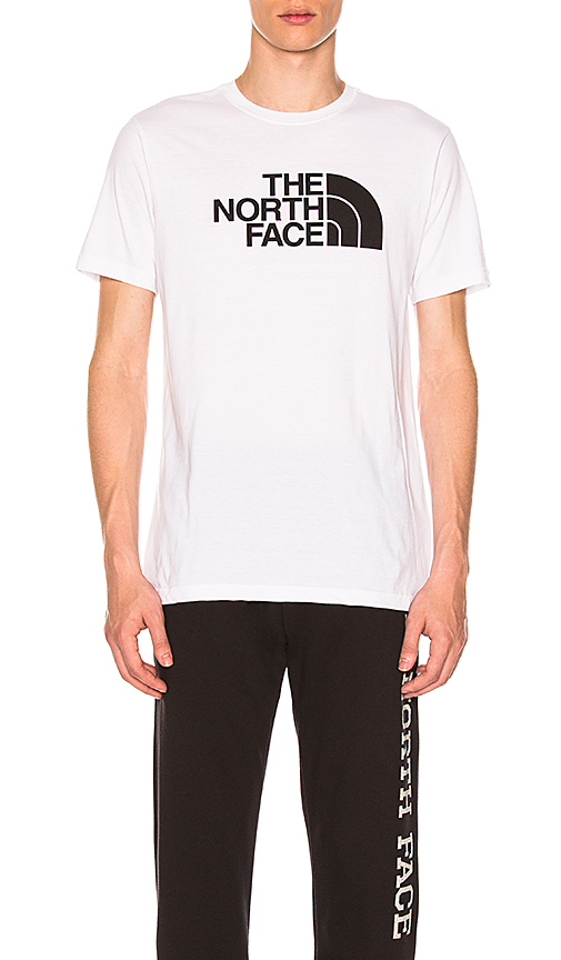 The North Face Half Dome Tri-Blend Tee in White. - size S (also in L,M,XL)