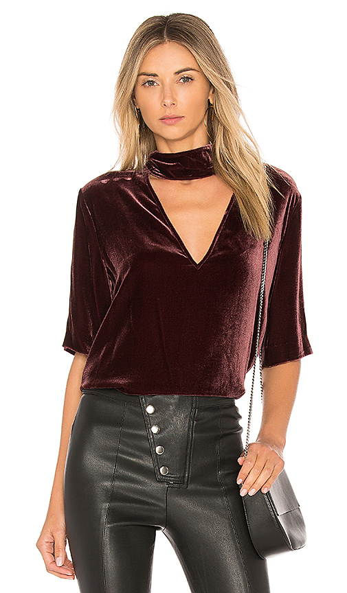 Theory Slit Collar V Neck Top in Mauve. - size XS (also in M,S)