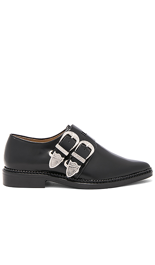 TOGA PULLA Double Buckle Oxford in Black