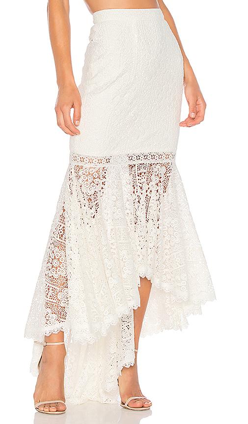 AMUR Stevie Skirt in White. - size 2 (also in 0,4,6)