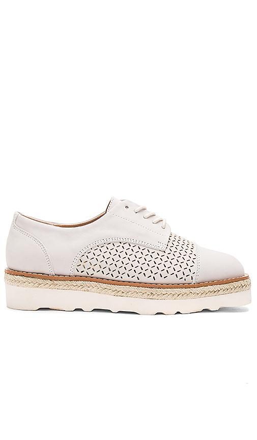 Urge KT Sneaker in Light Gray