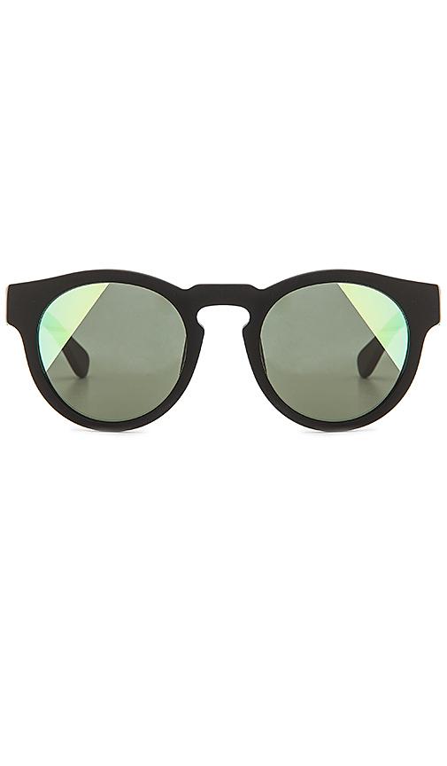 WESTWARD LEANING Voyager Sunglasses in Black