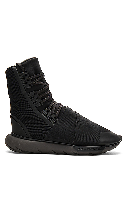 Y-3 Yohji Yamamoto Qasa Boot in Black. - size UK 10.5 / US 11 (also in UK 8 / US 8.5,UK 9.5 / US 10)