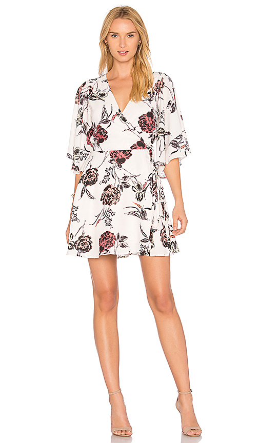 Yumi Kim Feel The Breeze Wrap Dress in White. - size L (also in M,S,XS)