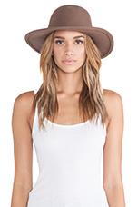 Tiller Hat in Light Brown