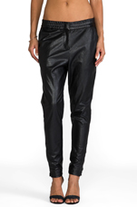 Surface Pant in Black