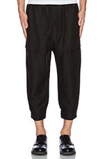 Simon Pant in Black Linen