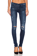 Avedon Skinny in Distressed Omni