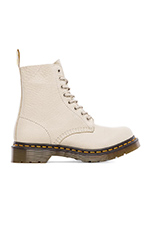 Pascal 8-Eye Boot in Ivory