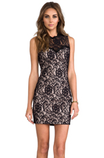 Abrianna Stretch Floral Lace Dress in Noir