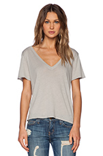 Boy Shortsleeve V Neck Tee in Grigio