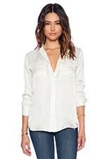 Collarless Slim Signature Reptile Discovery Blouse in Nature White