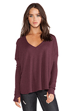 Robin Thermal Flowy Top with Thumb Holes in Wine