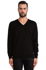 Ashterd V-Neck in Black