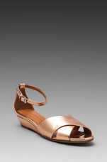 Classic Sandal Wedge in Rose Gold