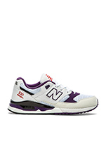 M530 in White Purple