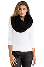 Chunky Infinity Scarf in Black
