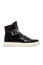 Sneakers in Black