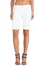 Bermuda Short in Clean White