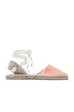 Classic Sandal in Peach