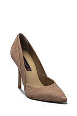 Akcess Pump in Taupe Nubuck
