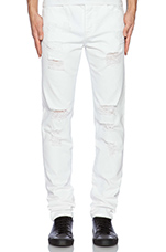 Distressed Essential Jean in White