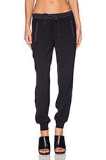 Performance Jogger Pant in Black