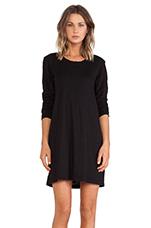 Slub Pleat Back Long Sleeve Dress in Black