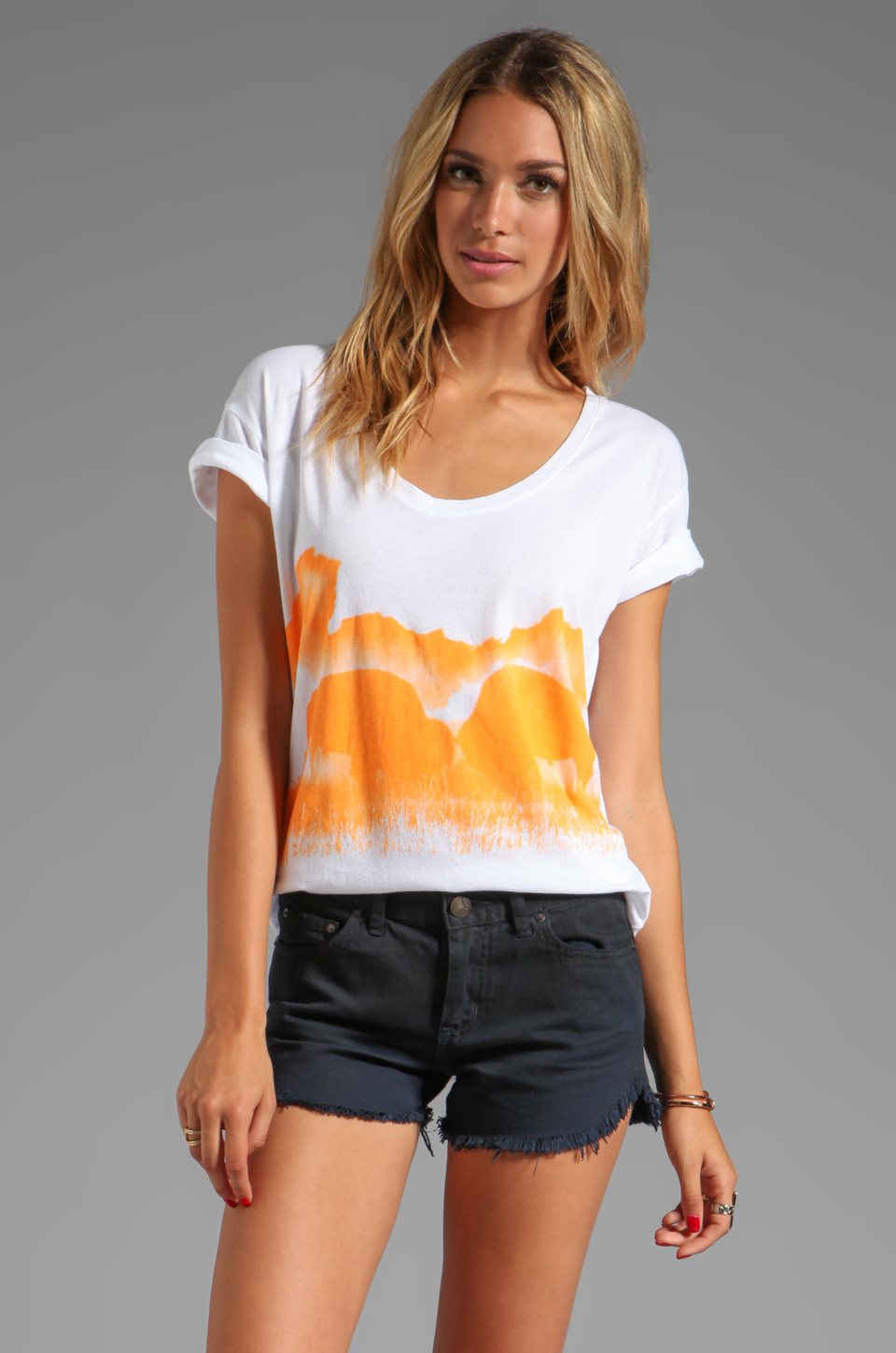 291 Buffalo Kisses Short Sleeve Relax Tee in White