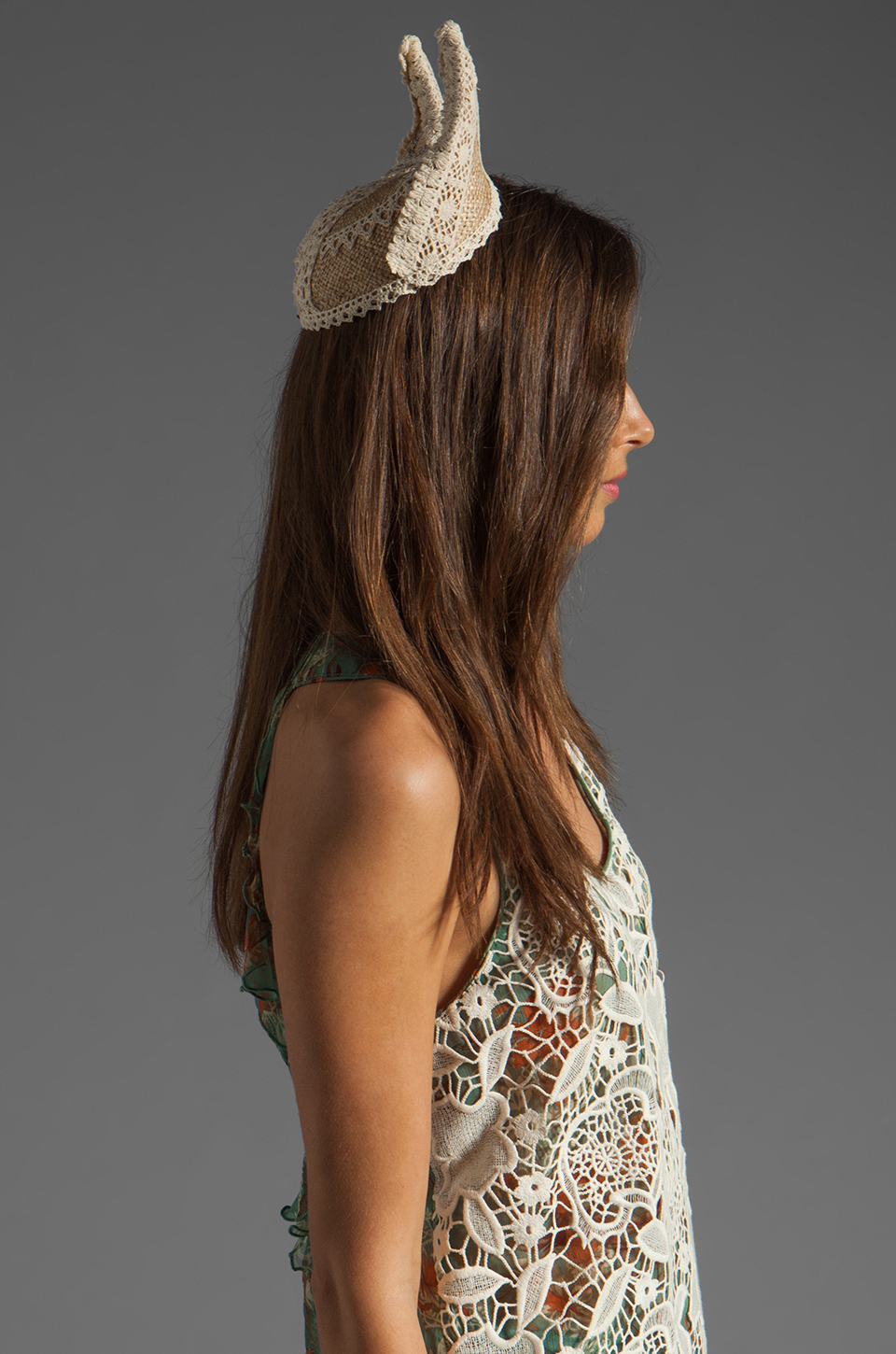 Anna Sui Kitten Hat in Natural