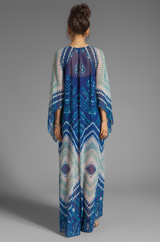 BCBGMAXAZRIA Short Sleeve Printed Maxi Dress in Dark Regal Blue Combo