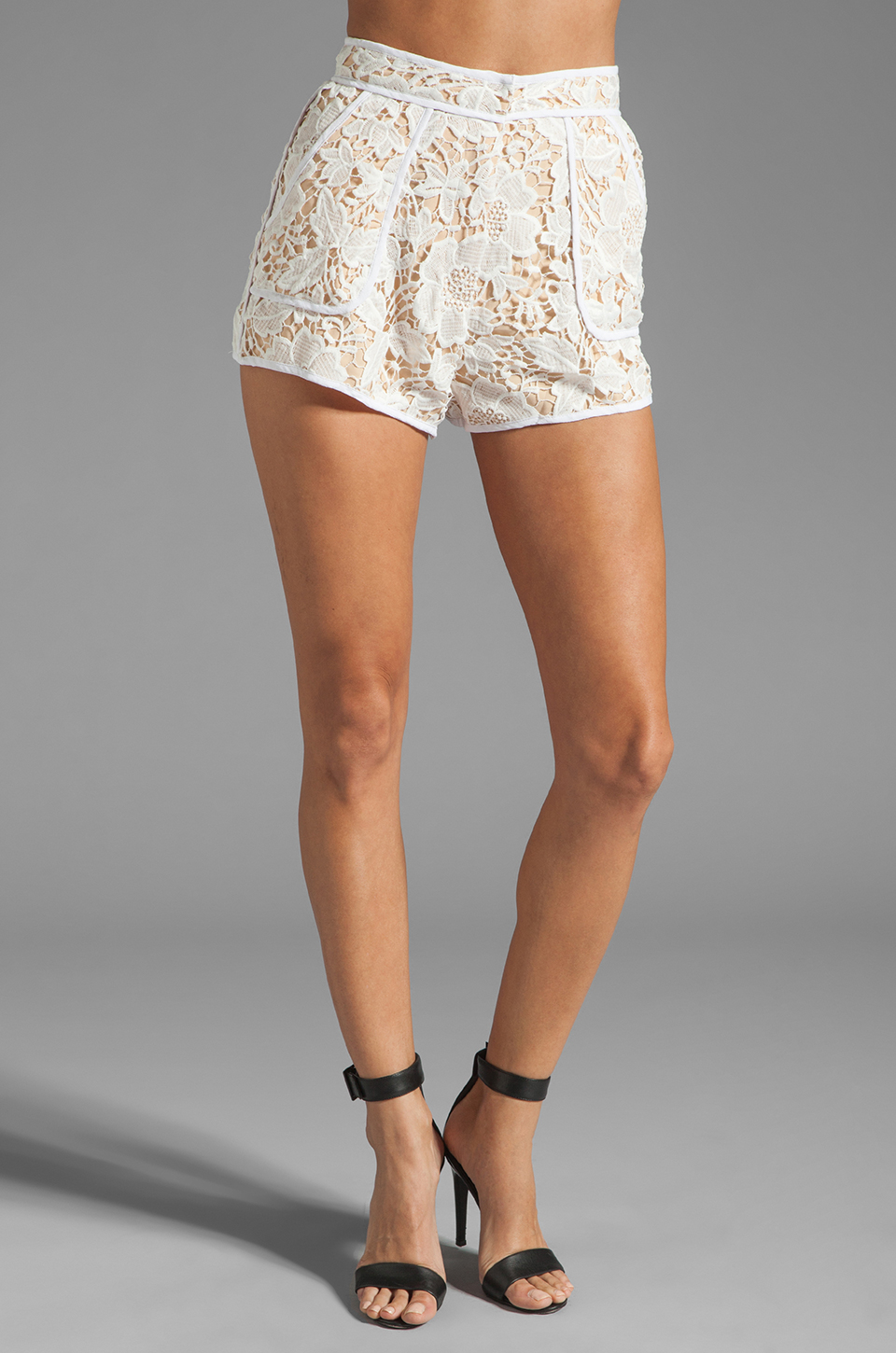 Cameo Brakelight Short in Ivory