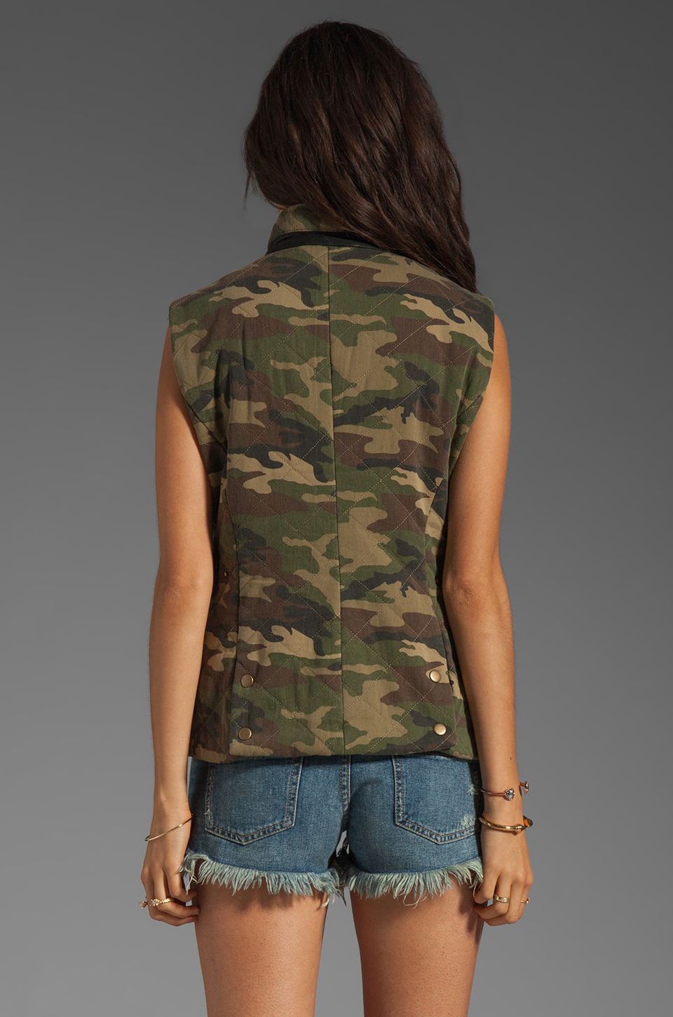 Capulet Quilted Vest in Camouflage
