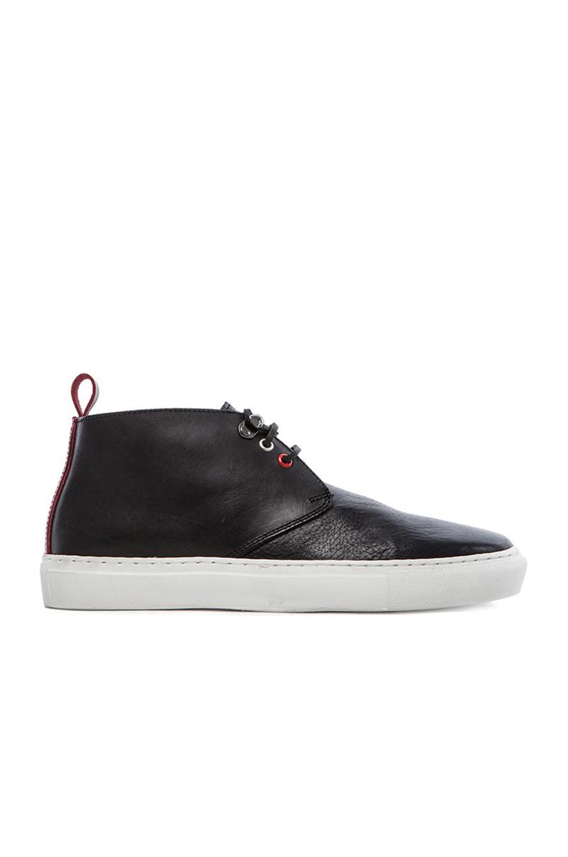 Steve Chukka Sneaker