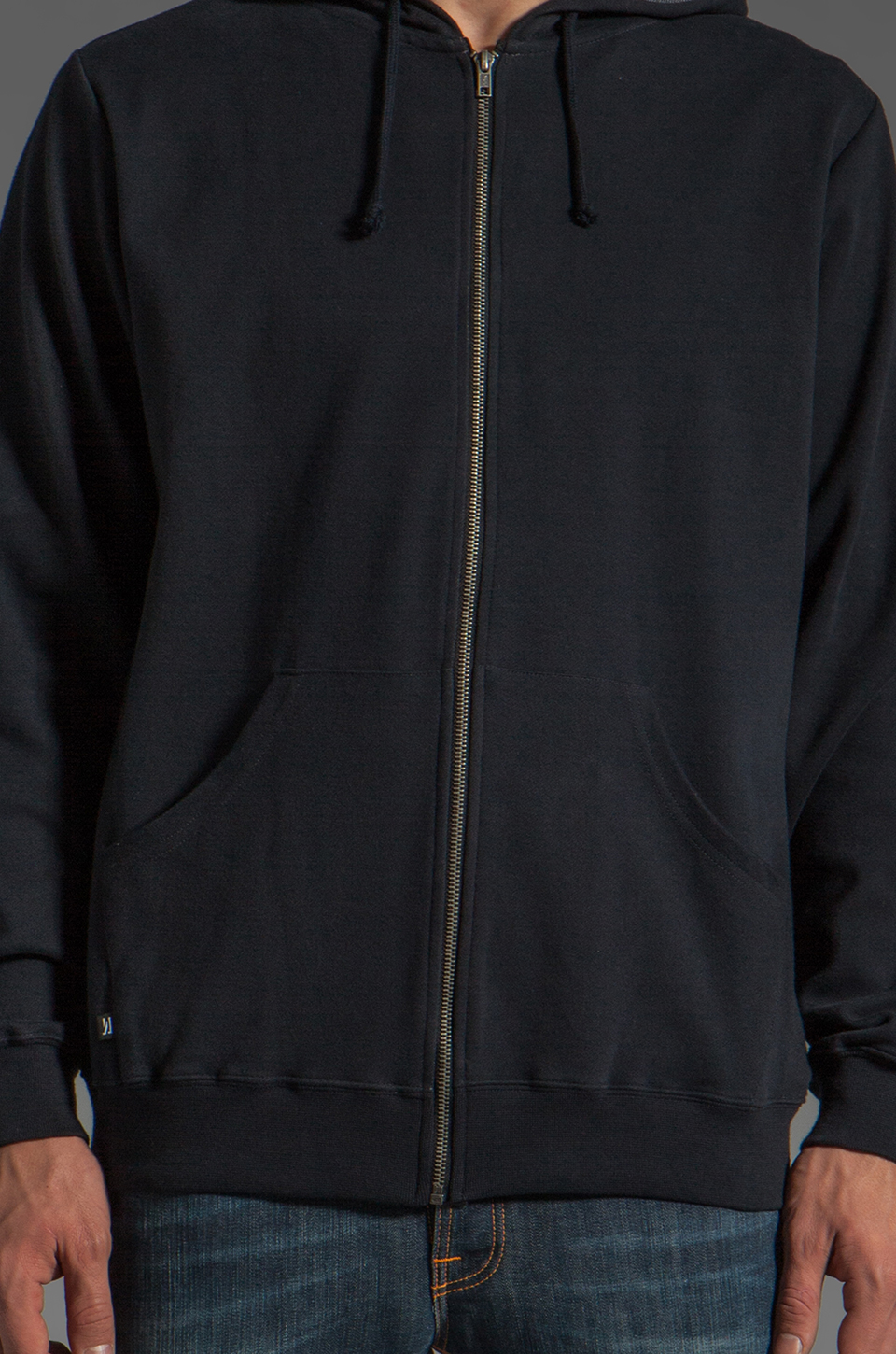 COMUNE CS Zipp Jacket in Black
