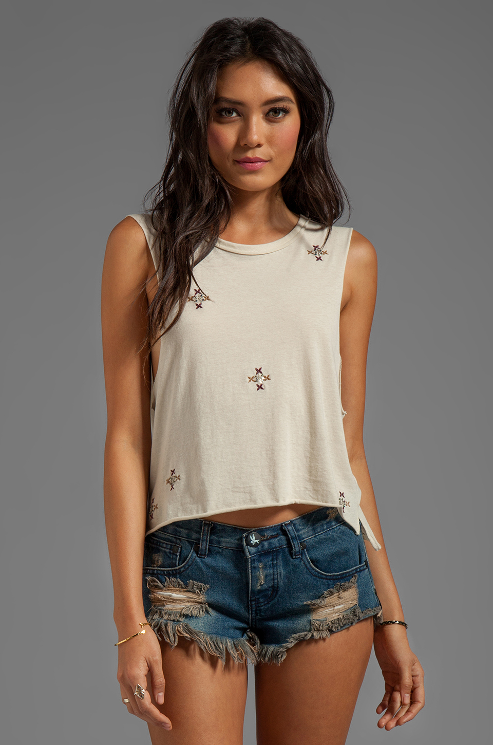 Chaser Embellished Muscle in Muslin